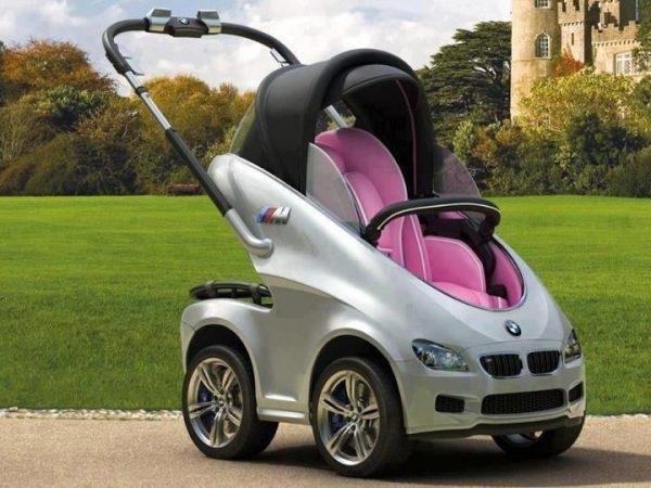 los coches de bebé también tienen que pagar parqueadero