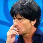 Madre de Joachim Löw le suplica no sacarse los mocos durante la final