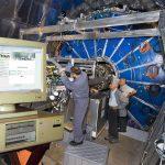 Página de la DIAN hace colapsar el Gran Colisionador de Hadrones