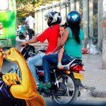 Feministas de Medellín protestan por restricción a parrilleros hombres