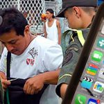 Con auxiliares bachilleres y cinta aislante Gobierno bloqueará a Uber