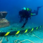 Buzos que buscaban el galeón responsables de rotura de cable que afectó conexión a Internet