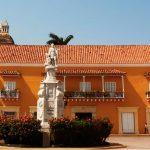 Visita de Kuczynski a Cartagena dejó a Perú sin presupuesto para educación en 2017