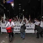 «No pude ir a la marcha pero mandé a un man de Rappi», activista acomodado