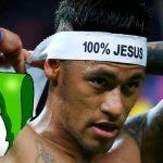 Dios reconoce que «poco o nada estoy pendiente del fútbol». Futbolistas cristianos desconcertados.