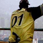 Por exigencia de «vacuna», nube de contaminación se va de Medellín