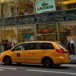 En vísperas de día de la madre, colapsa Manhattan por colas frente al nuevo Only de la Quinta Avenida