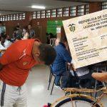 Candidato se presentó ayer a votar con cédula y pase de Tatán Mejía