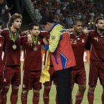 Nicolás Maduro condecora a su selección por título en Mundial de Rusia