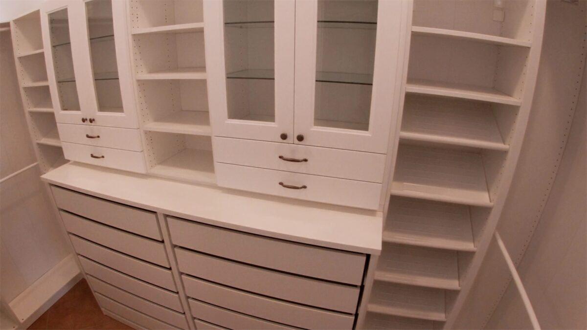 Walkin cabinets