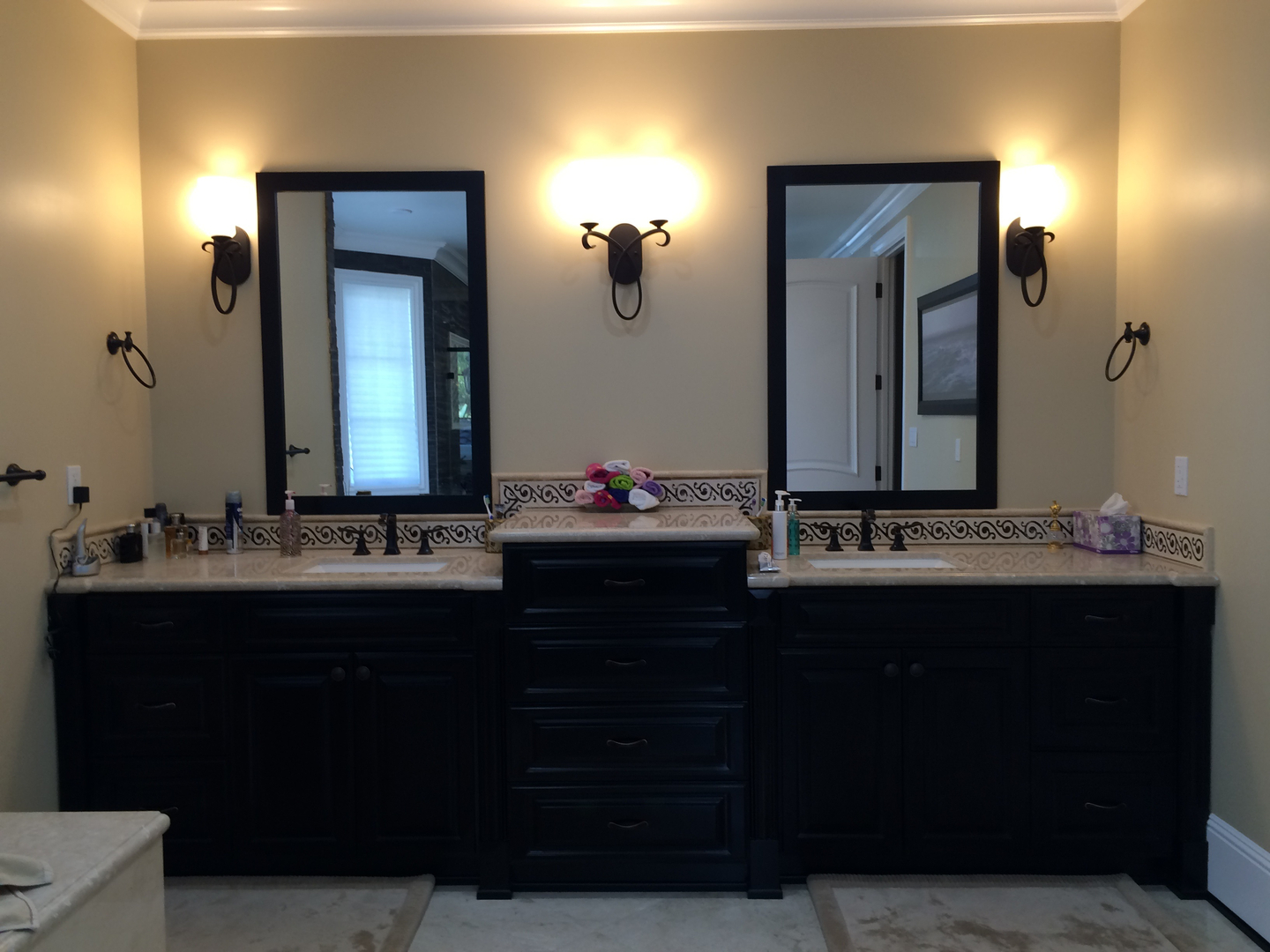 His and her wash area