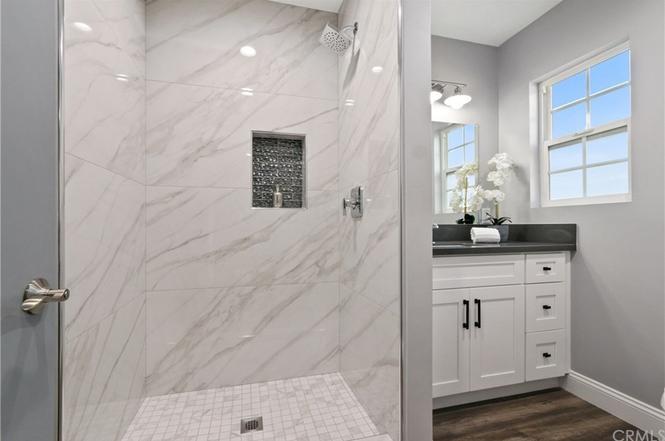 Hampden bathroom