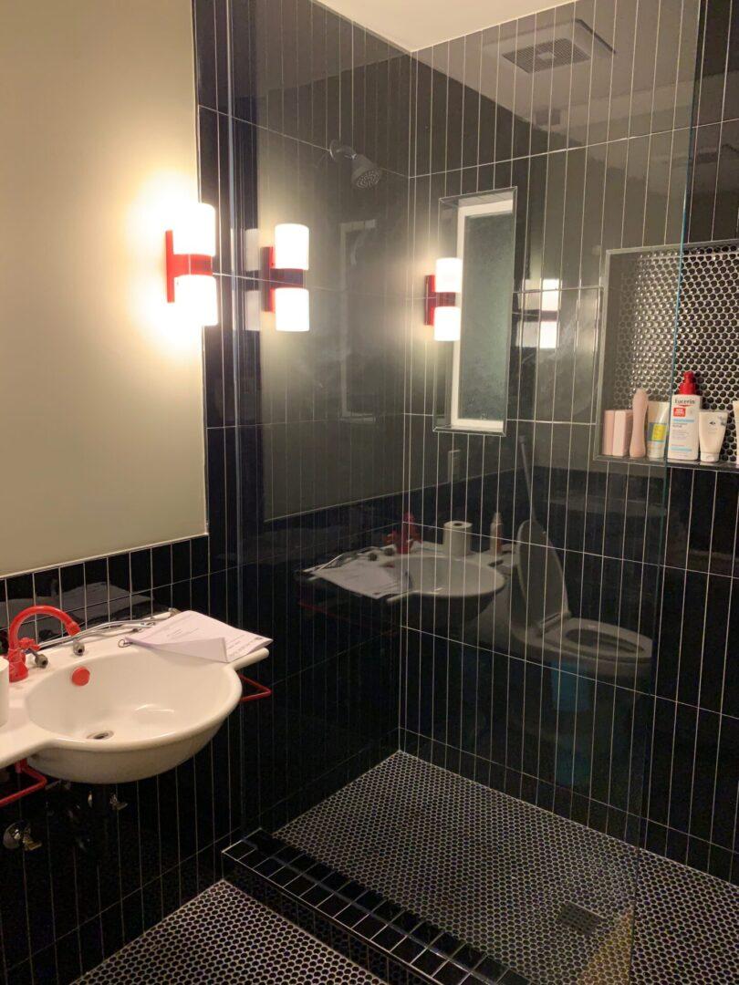 Pasadena bathroom