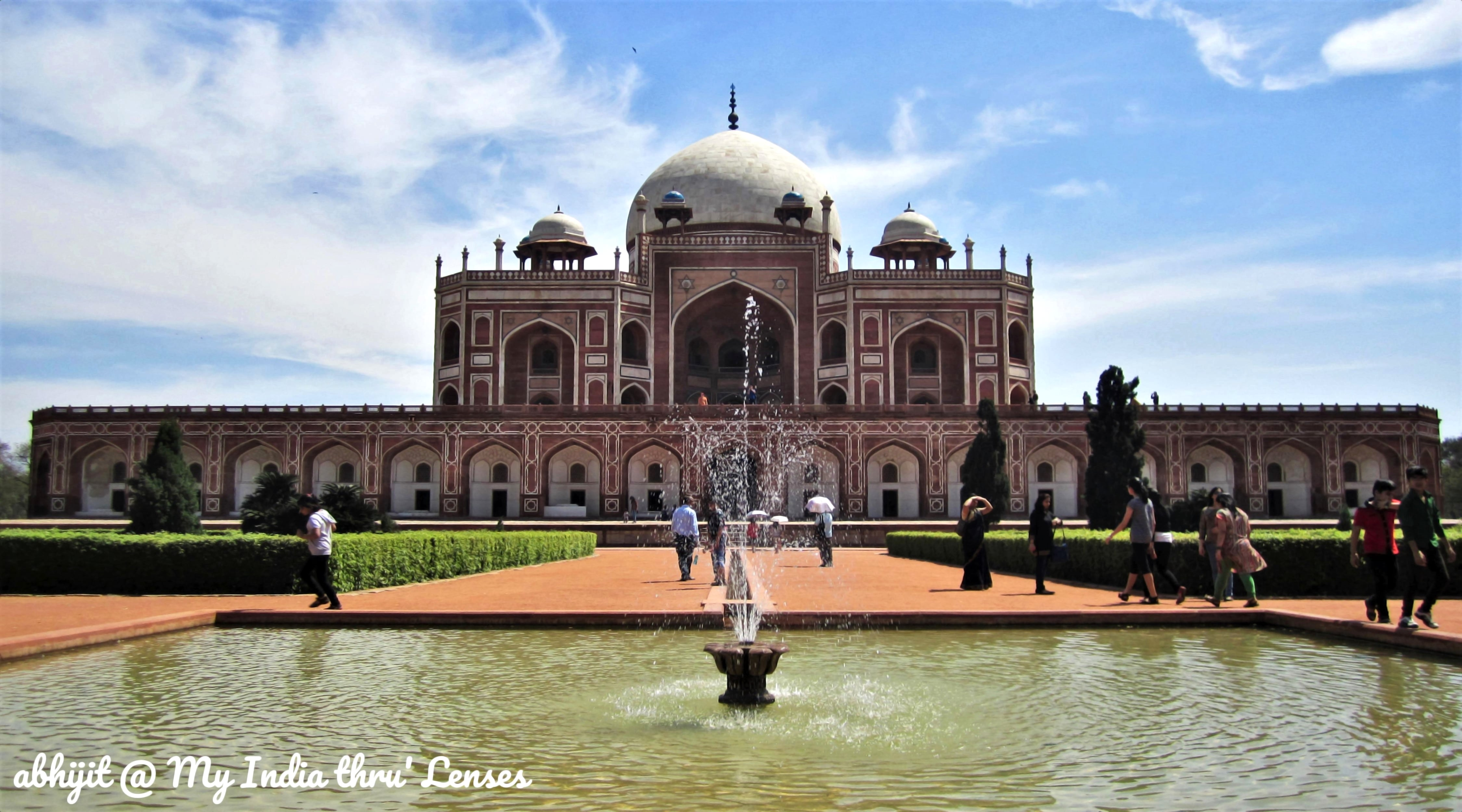 Humayun's Tomb - The Front view