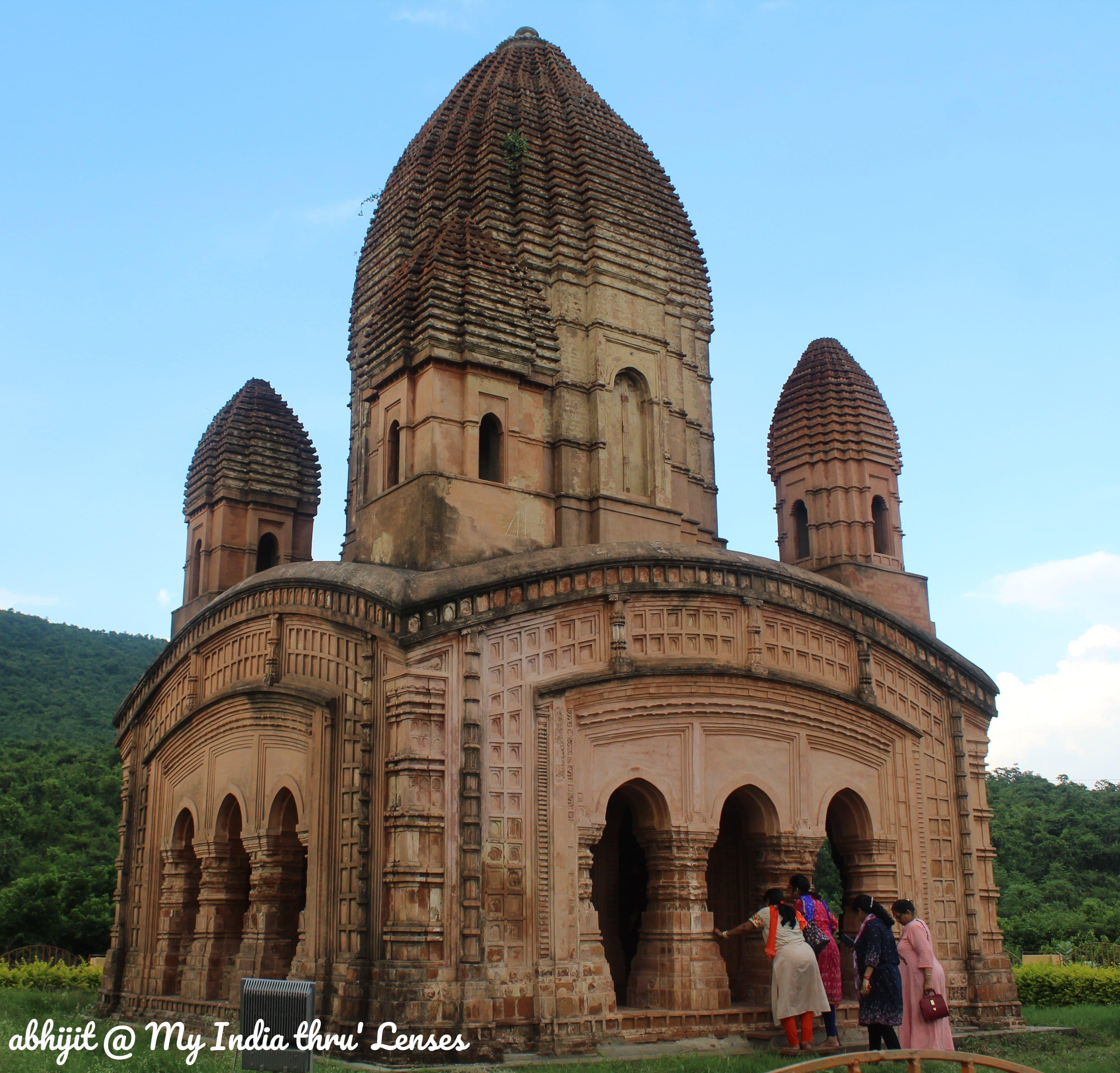 The Renovated Pancharatna Temple