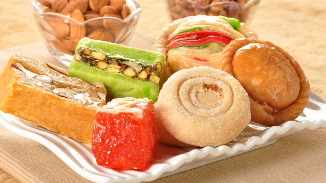 Diwali sweets (PC - hungryforever.com)