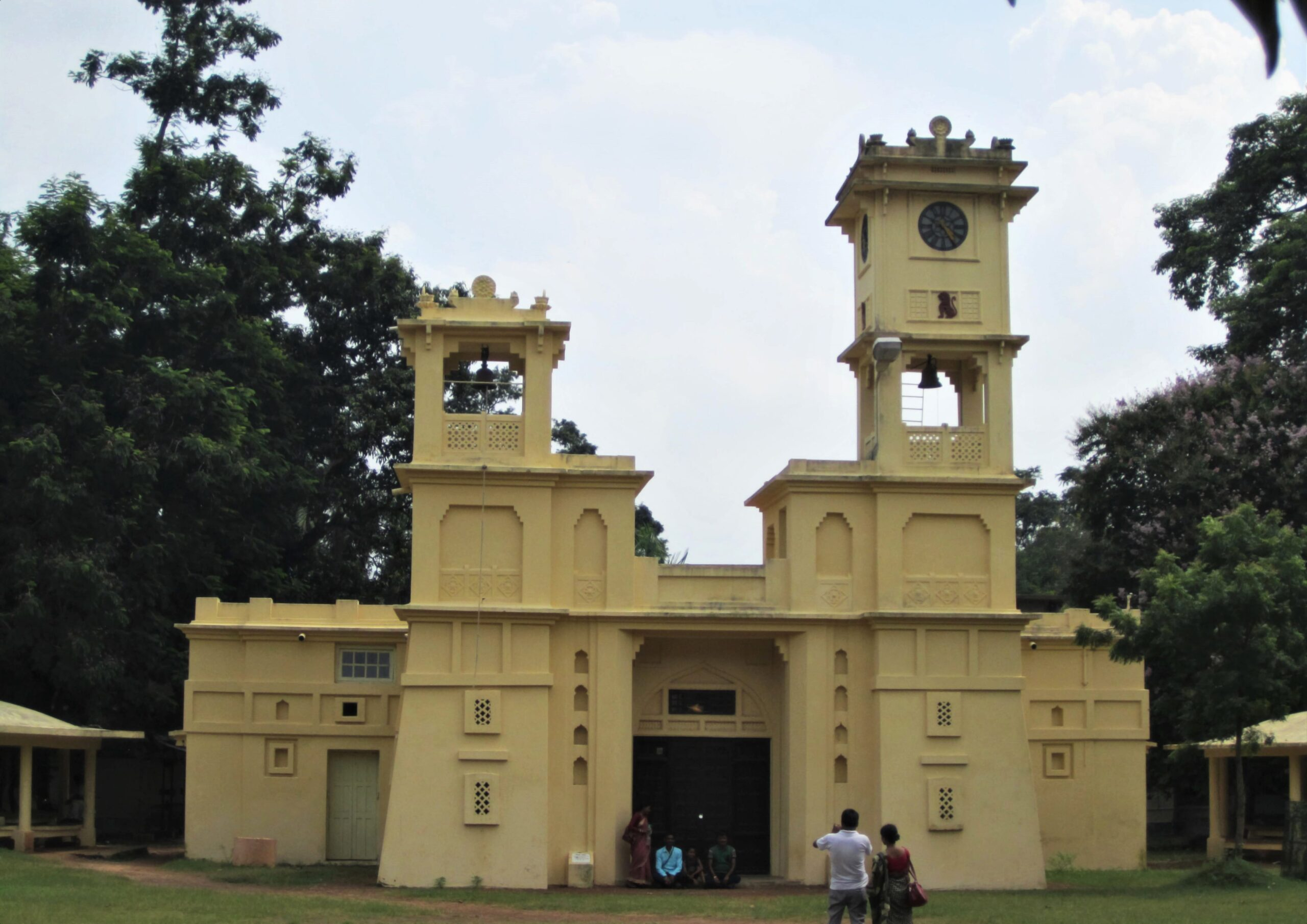 Singha Sadan - Main Office Building of the Old University. Tagore received D.Lit honour from Oxford University here in 1940.