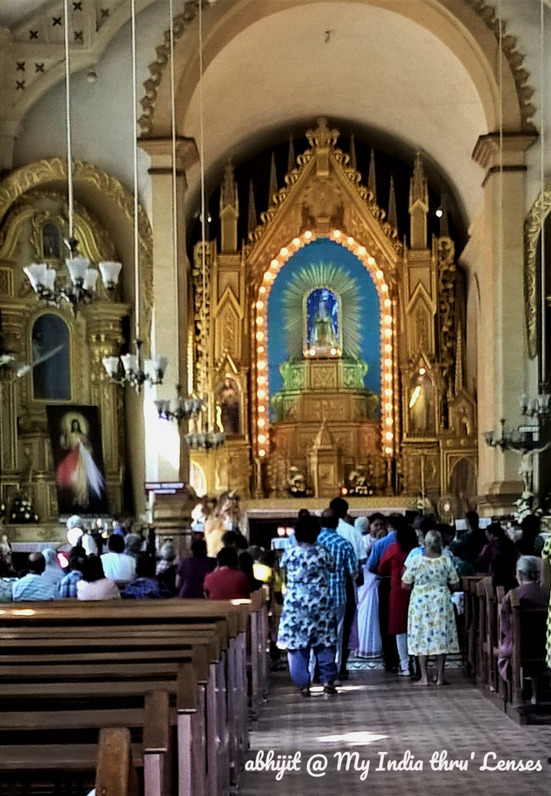 Mae De Deus Church: Interior view