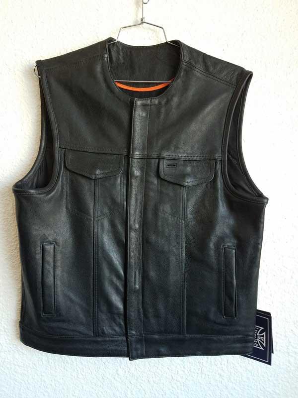 Collarless club vest gun