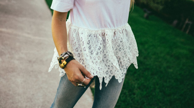 lace-tee-endless-rose