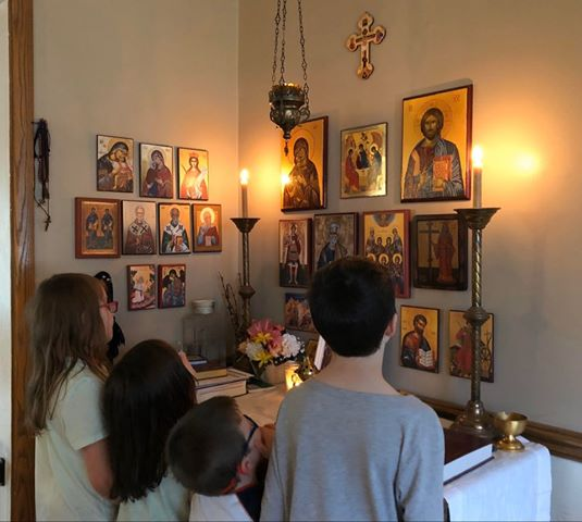 A guide for praying at home during this Holy Week & Pascha!