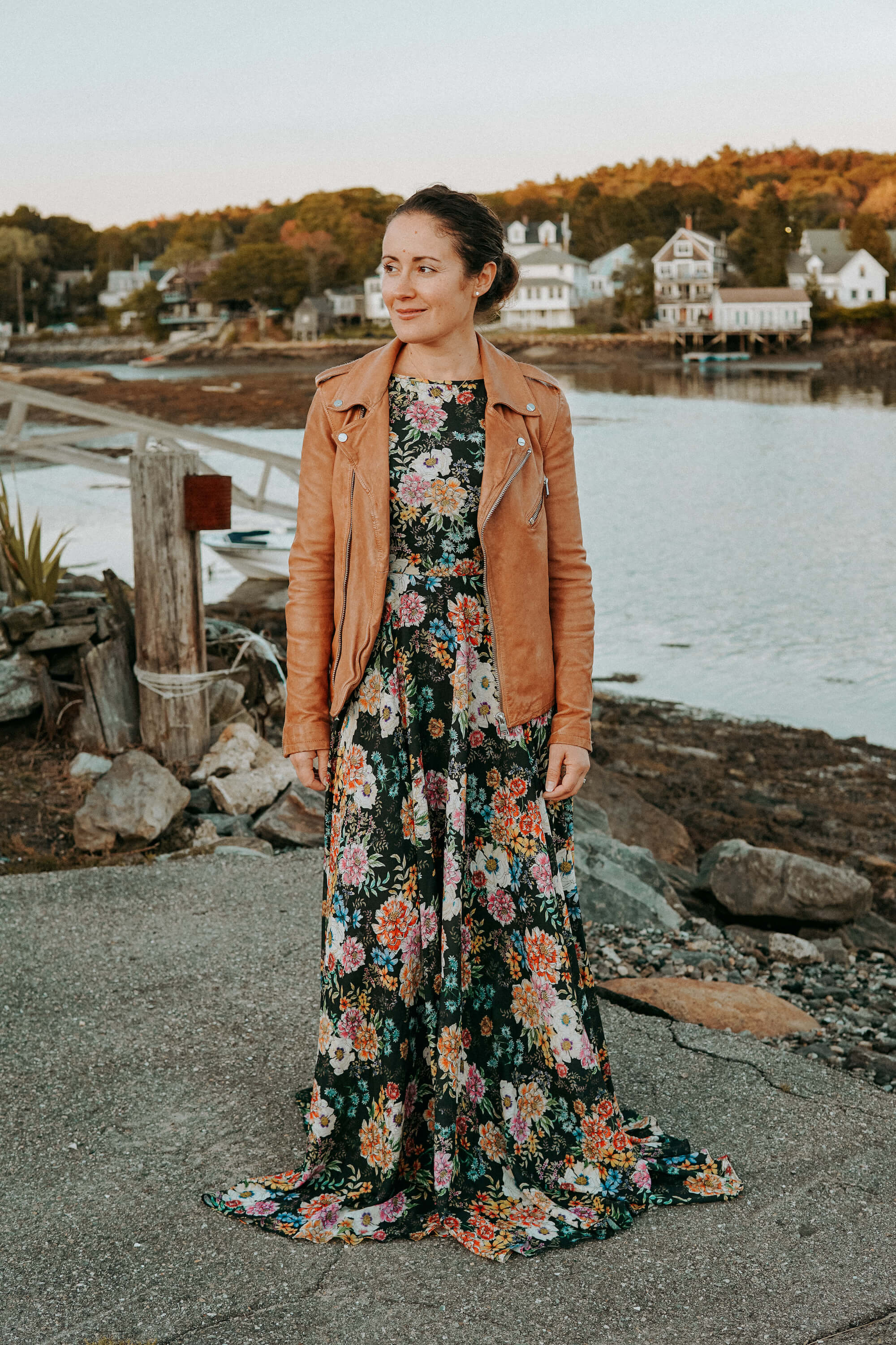 Dark Florals for Fall Boothbay Harbor Maine by Modnitsa Styling