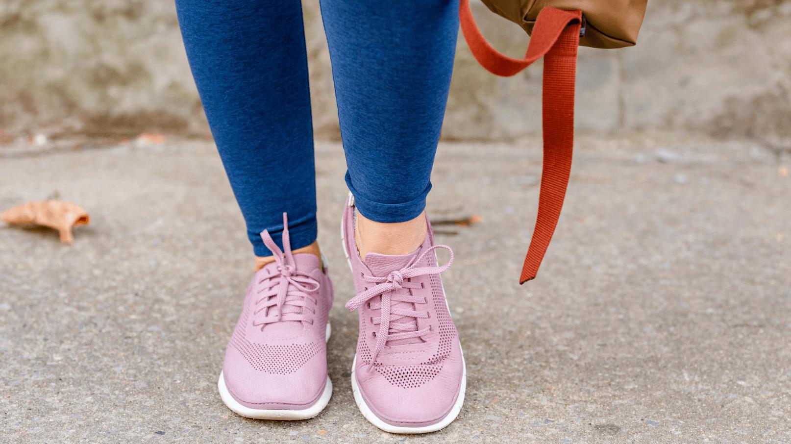 Apparis Coat Spacedye Leggings Vionic Sneakers Look by Modnitsa Styling