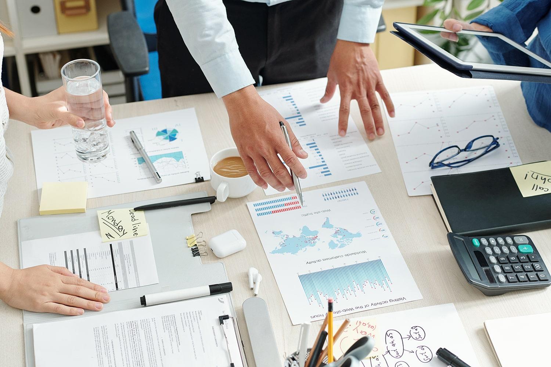 marketing-department-meeting-MGXVM3J-min