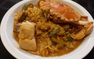 Arroz meloso de cangrejo, pescado y calabacin