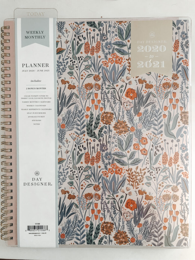 planner to track a day in the life of a PR intern