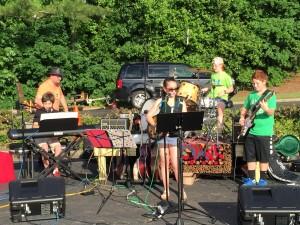 Meltdown performing for the Vanderlyn Spirit Night at the Village Burger.
