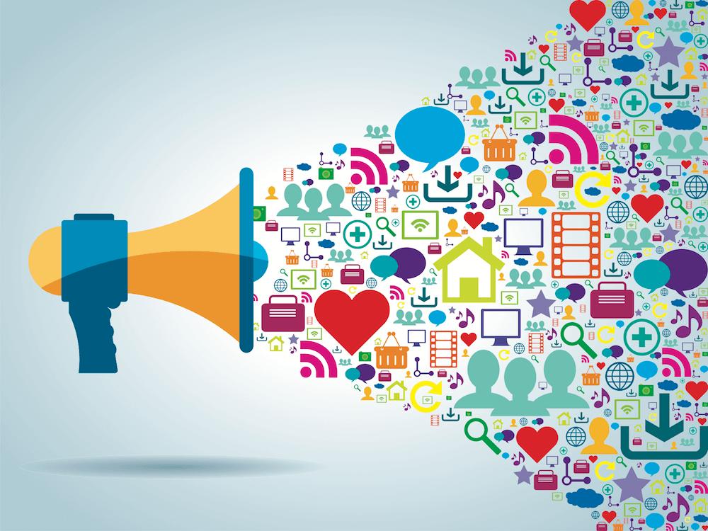 استخدام منصات التواصل الاجتماعي