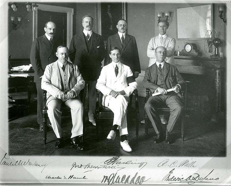 قصة أسعار الفائدة الأمريكية : مجلس الاحتياطي الفيدرالي الأول (الصورة من مكتبة الكونغرس ، قسم المطبوعات والصور الفوتوغرافية)