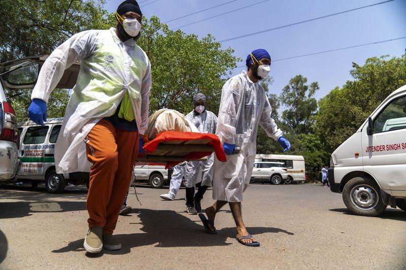 إصابات كورونا في الهند قد تتضاعف في الأسابيع القادمة
