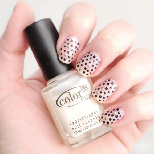 diy manicure nails polka dots