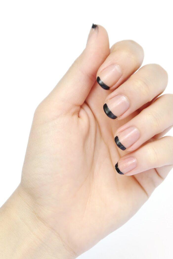 3 Minimalist Manicure Ideas