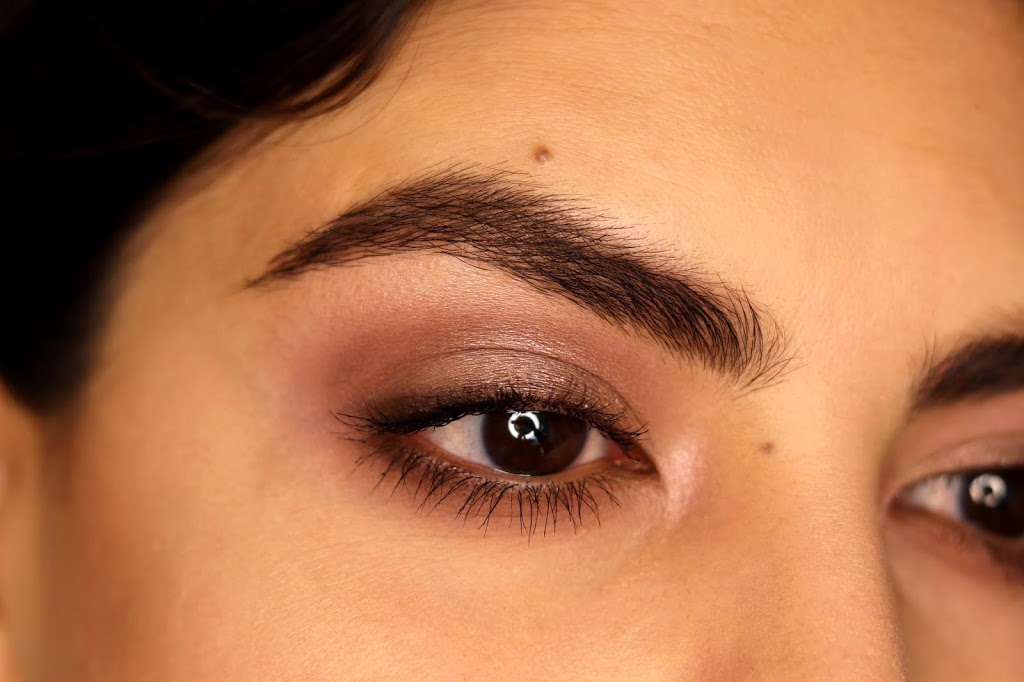 cool toned burgundy makeup look naked 3 palette