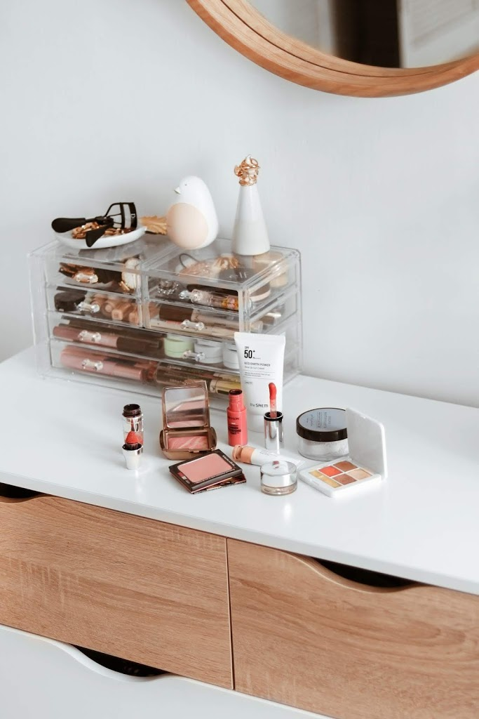 casual spring 2020 at home beauty