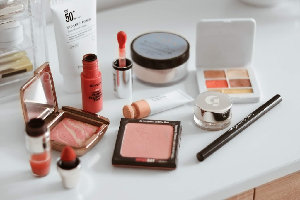 casual spring 2020 beauty edit teia cosmeticos rms beauty