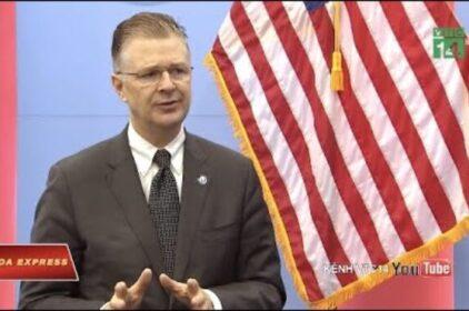 Daniel Kritenbrink Washington chống quan niệm 'mạnh được yếu thua' ở Biển Đông