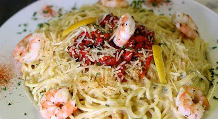 Altony's sphagettin with shrimp