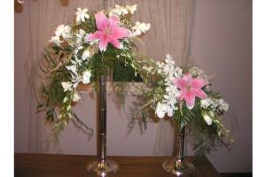 pink lily arrangements 2
