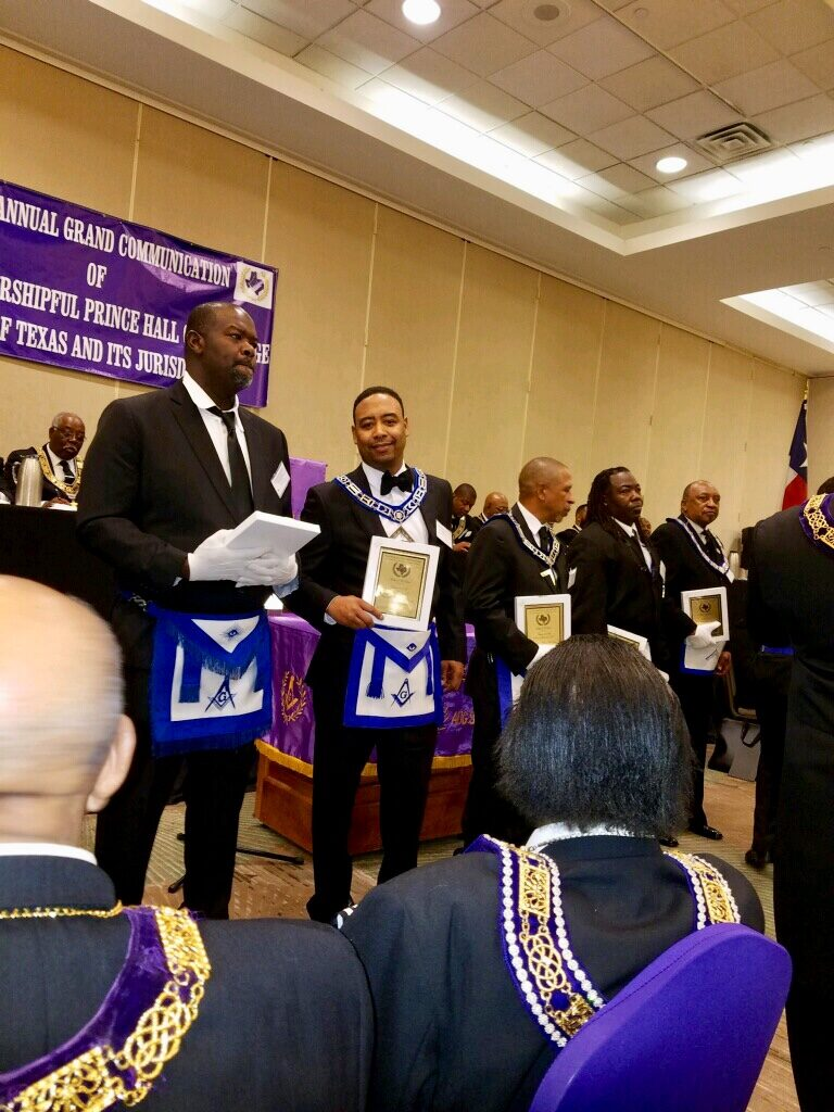 WM Hoston accepting Lodge of the Year 2017-2018