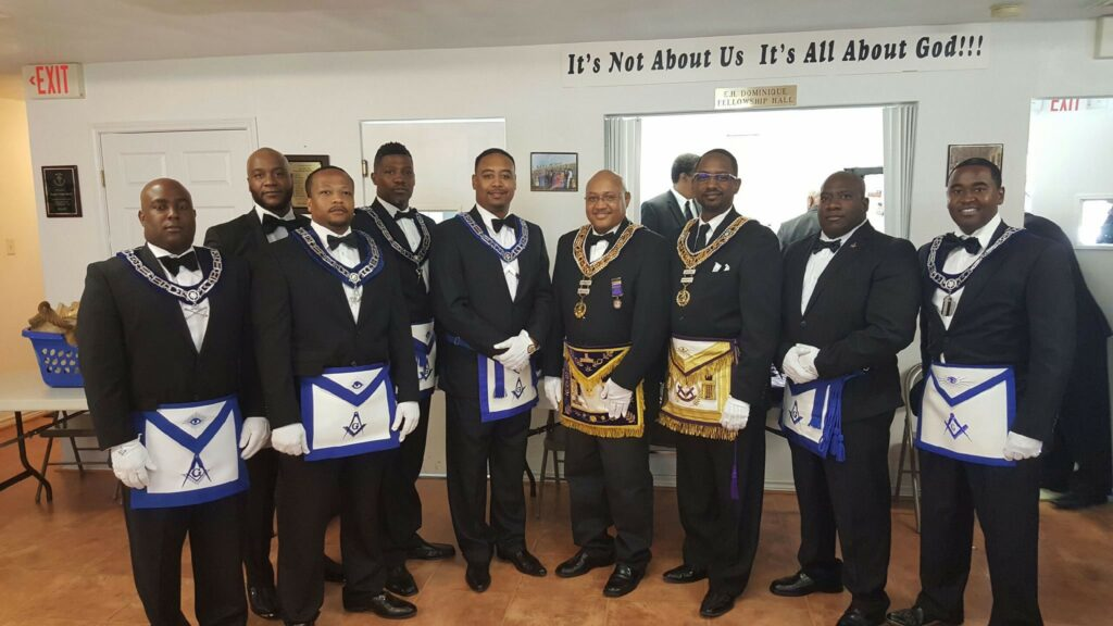 Brothers of Bayou City 228 with GM Curtis & DDGM Gerac at the reactivation of Rolling Stone Lodge in 2017