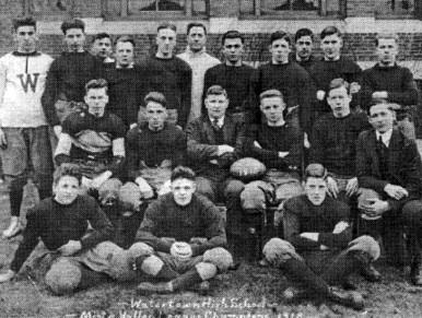 2000_1918-Football-Team_raw