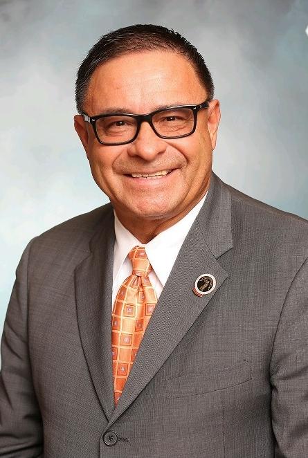 E. Junior Maldonado