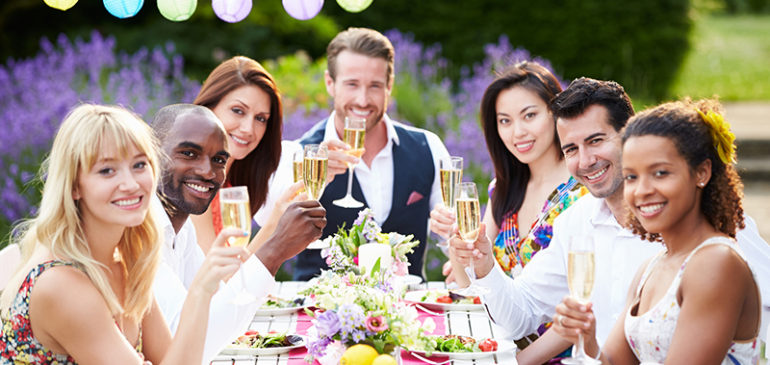 Outdoor Party Tips for Summer
