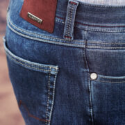 Alberto-l'elegant-jeans-business-de-la-marque-2