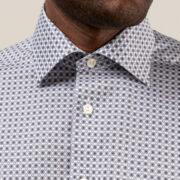 eton-la-chemise-aux-medaillons-sophistiquee-et-intemporelle-1