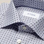 eton-la-chemise-aux-medaillons-sophistiquee-et-intemporelle-2